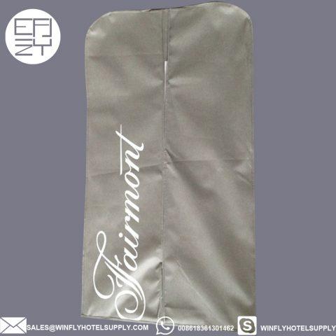 Wholesale custom Fairmont logo non-woven suit bag dress bag garment bag